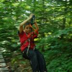 """Colonie """"Sports et aventures"""" petite tyrolienne du parc acrobranches"""
